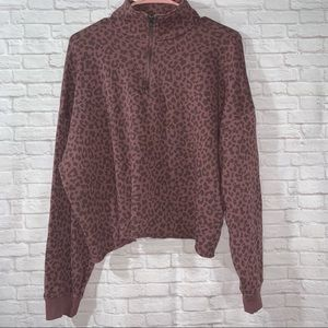 American Eagle Leopard Crop sweatshirt